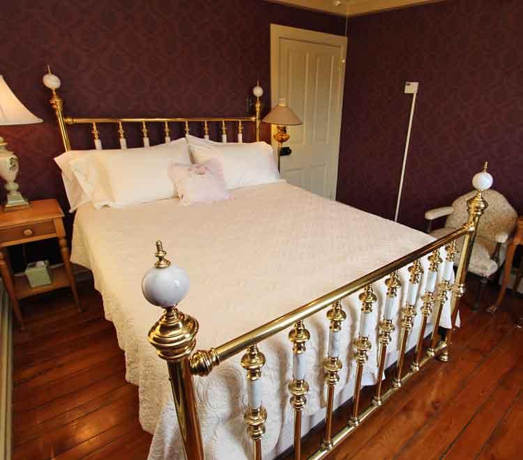 Olde Oregon Farmhouse Bed and Breakfast Lititz PA
