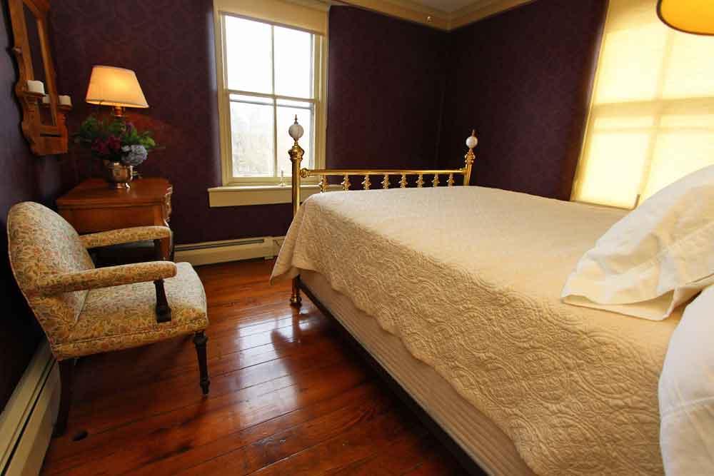 Olde Oregon Farmhouse Bed & Breakfast, Lancaster PA